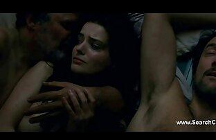 एक महिला के गधे में हिंदी में सेक्सी मूवी एचडी ।