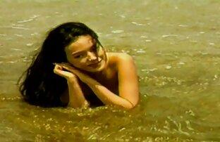 एक डिक चूसना. हिंदी में सेक्सी मूवी फिल्म