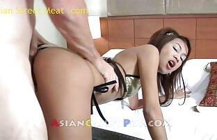 वह एक रूममेट के साथ सेक्स हिंदी सेक्स हॉट मूवी कर रही है ।